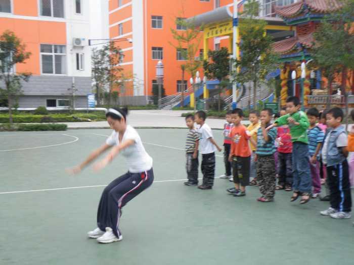 汉中市龙岗学校 赛教评课展现教师风采